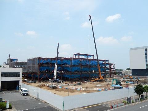 さいたま新都心「コクーン2」の建設中の様子