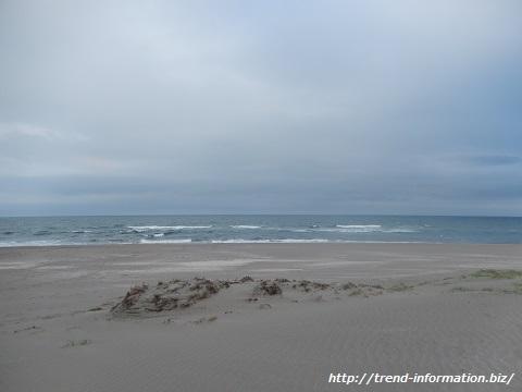 地図から消された海岸には誰もいない